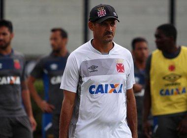 Valdir Bigode comemora chance como treinador e divulga relacionados do Vasco