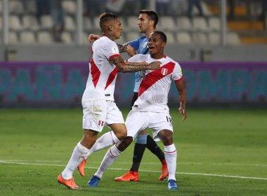 Peru bate o Uruguai de virada e coloca o Brasil na Copa do Mundo de 2018