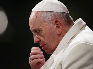 Papa Francisco revela que Vaticano tem dois mil casos de abuso sexual