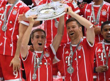 Campeão, Bayern goleia o Freiburg nas despedidas de Lahm e Xabi Alonso