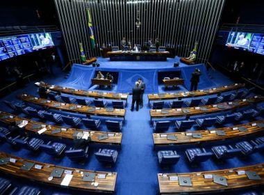 Cinco senadores prometem assinar recurso contra arquivamento de cassação de Aécio