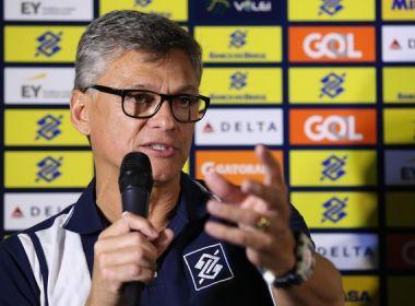 Renan enaltece 'jogo espetacular' e agradece jogadores após vice na Liga Mundial