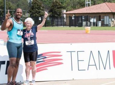 Mulher de 101 anos bate recorde de tempo em corrida
