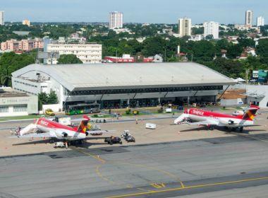 Com voo cancelado sem justificativa, empresa aérea é condenada a indenizar menino