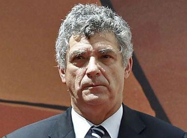 Preso, Ángel Maria Villar renuncia às vice-presidências da Fifa e da Uefa
