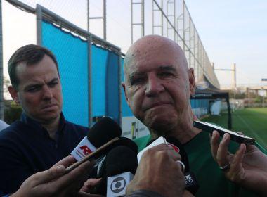 Valdir Espinosa é demitido do Grêmio e lamenta: 'Dia mais triste da minha vida'