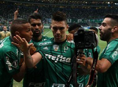 Moisés defende Egídio e Deyverson por pênaltis na Libertadores: 'Foram homens'