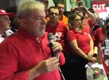 Lula reforça inocência em evento: 'Quero que provem que tenho R$ 1 que não é meu'