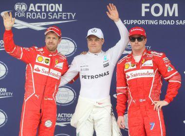 Hamilton larga em último após batida e Bottas crava pole no GP do Brasil