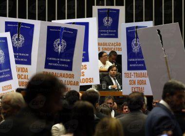 Após reforma passar a valer, trabalhadores questionam contratos na Justiça
