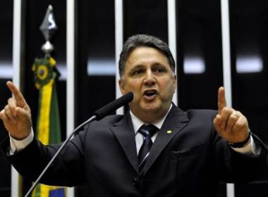 Após Gilmar suspender prisão, Garotinho deixa cadeia em Bangu, no Rio