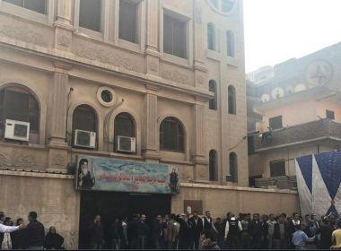 Ataque contra igreja cristã ortodoxa copta deixa ao menos 10 mortos no Egito