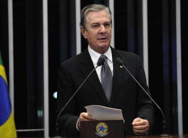 Pré-candidatura é 'desafio que destino impõe', diz Collor em discurso no Senado