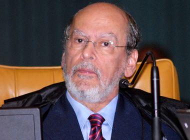 Reforço na defesa, Sepúlveda Pertence diz que perseguição a Lula é a pior desde Getúlio