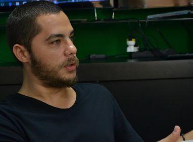 Solteiro após 6 anos, Levi Lima não descarta ficar com fãs: 'Tô me sentindo adolescente'
