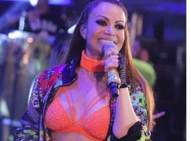 Solange Almeida já começou a produzir primeiro CD solo, diz colunista