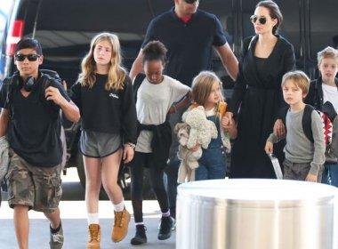 Após pedido de divórcio, Angelina Jolie aluga mansão em Malibu para viver com os filhos