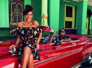 'Não falo sobre vida pessoal', adverte Marquezine sobre relacionamento com Neymar
