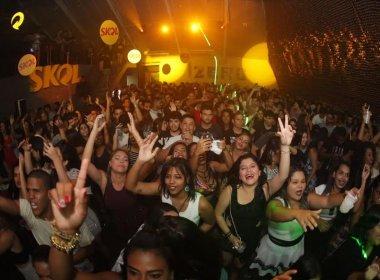 Com participação de Marcio Victor e Seu Maxixe, Duas Medidas agita festa no Rio Vermelho