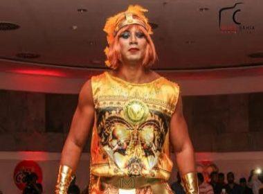 Com Márcio Victor e Léo Santana, Muquiranas divulgam fantasia para Carnaval de Salvador