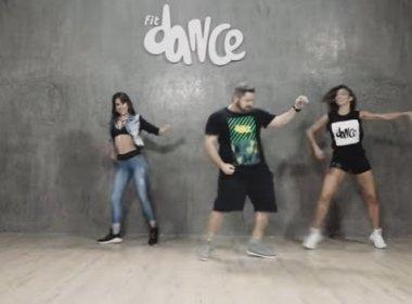 """Danniel Vieira grava coreografia de """"Dan dan dan"""" com a FitDance; assista"""