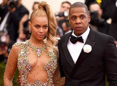 Beyoncé anuncia gravidez na internet: 'Nossa família vai crescer por dois'