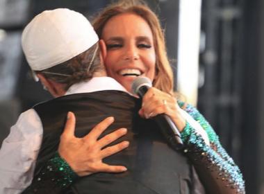Ivete Sangalo recebe Saulo e Netinho em show no Olinda Beer: 'Amor e amizade'