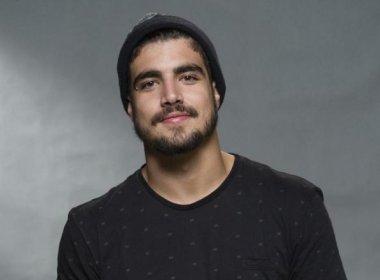 Fotógrafo processa Caio Castro por agressão e pede R$ 100 mil de indenização