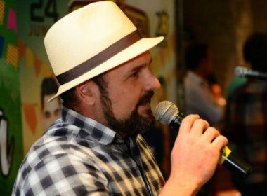 Vocalista da banda Estakazero questiona atrações como Léo Santana em São João