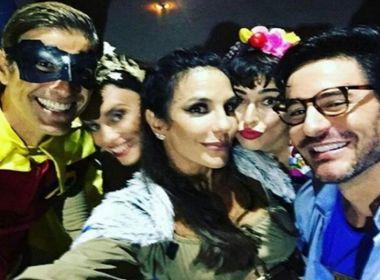 Ivete inicia comemoração dos 45 anos em festa à fantasia na Praia do Forte; confira fotos