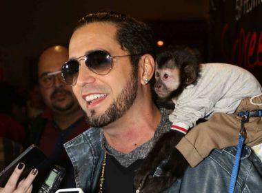 Latino vence processo contra RedeTV!; indenização é de R$ 6 milhões