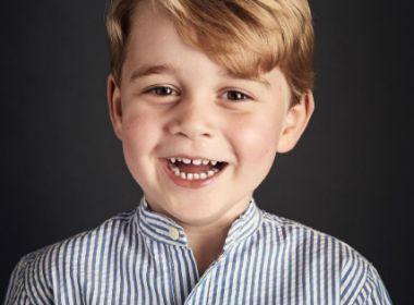 Príncipe George ganha foto oficial em comemoração ao aniversário de 4 anos