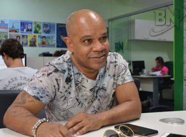 Cantor Reinaldinho enaltece Axé com novos projetos musicais: 'É uma força tratora'