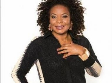 Margareth Menezes celebra 30 anos de carreira com música nova; ouça