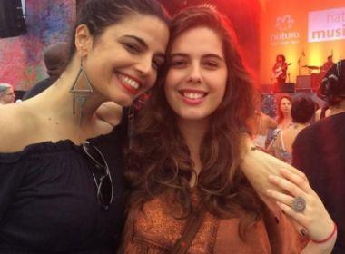 Filha de Emanuelle Araújo se lança como cantora e prepara EP de estréia