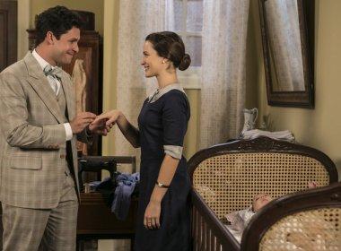 Celso pede Maria em casamento durante pedido de perdão em 'Êta Mundo Bom!'