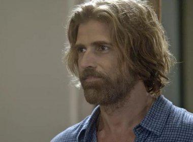 Em 'A Lei do Amor', Pedro sufocará Tião: 'Quero ouvir! Implora pela tua vida!'
