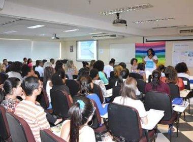 Grupo de mulheres advogadas realiza evento para discutir violência doméstica