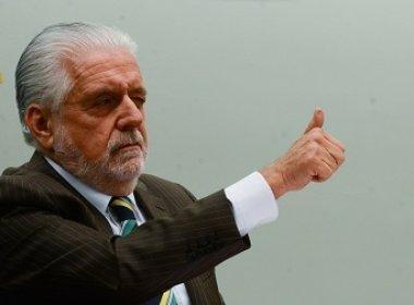 Saída do PMDB dá chance de Dilma 'repactuar' governo, afirma Wagner