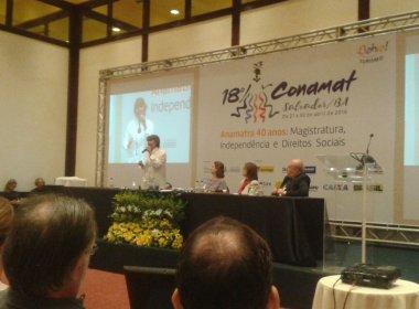 Em Salvador, Érika Kokay critica retrocesso de direitos trabalhistas