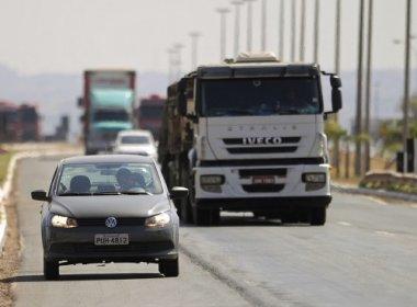 Lei do farol baixo em rodovias é suspensa em todo o país