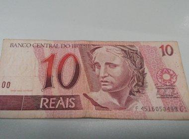 Juiz dá nota de R$ 10 para autor de ação para encerrar processo insignificante