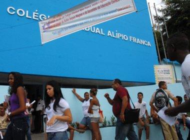 Juízes ensinam noções de direito para professores de escolas em Salvador e Feira