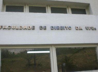 Ufba 'omite' TAC para reduzir turmas de direito para 60 alunos por três anos