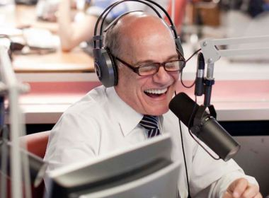 Ricardo Boechat não precisará indenizar juíza por criticar decisão em programa de rádio