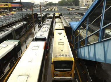 Empresas de ônibus não podem descontar valores roubados de cobradores; decide TST