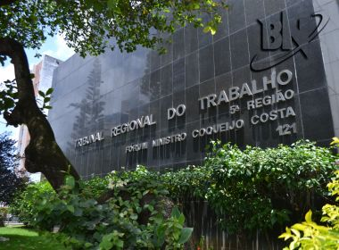 TRT-BA condena empresa a indenizar trabalhadora por ser assaltada no trabalho