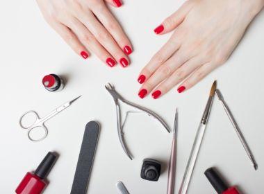 Como manter as unhas bonitas sem ir a manicure