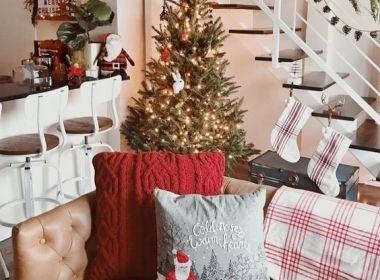 Então é Natal: Todas prontas para o look do sofá?
