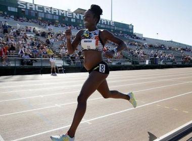 Atleta grávida completa corrida e é aplaudida nos EUA